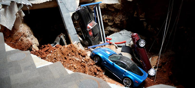 Illustration for article titled Corvette Museum Sinkhole To Stick Around As Popular Tourist Attraction