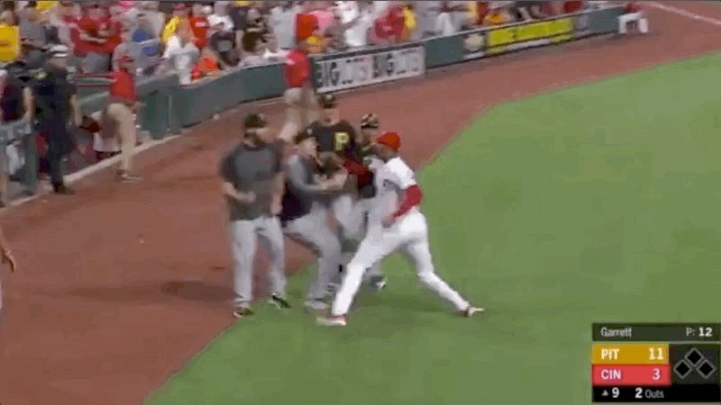 Yasiel Puig Involved In Massive Reds Brawl Within Moments Of Being Traded To Indians
