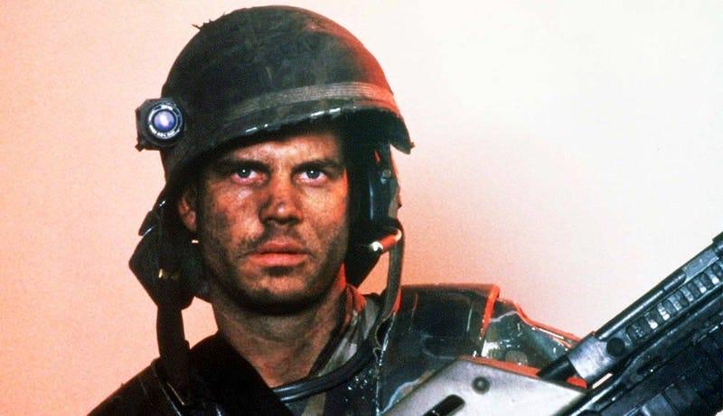 Bill Paxton as Hudson in Aliens