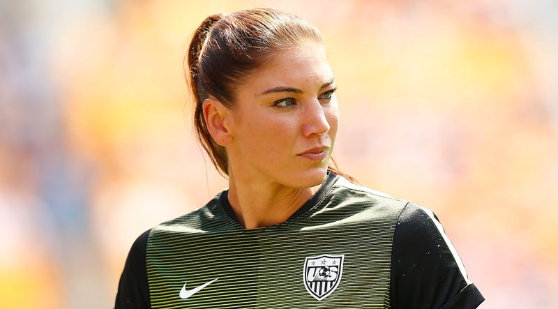 Illustration for article titled Hope Solo Will Face Domestic Violence Charges Again