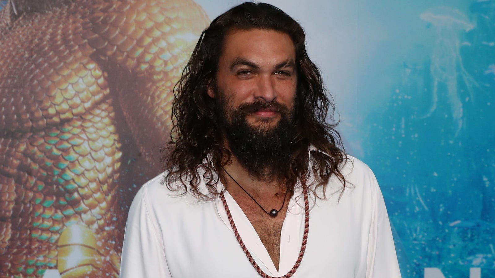 """Future marketing exec sells her Girl Scout cookies as """"Momoa Samoas"""""""