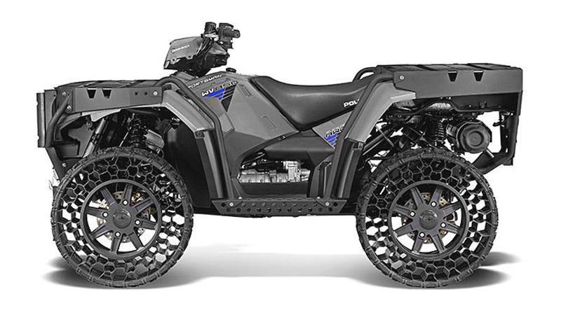 Illustration for article titled El primer vehículo de recreo con ruedas sin aire es este todoterreno