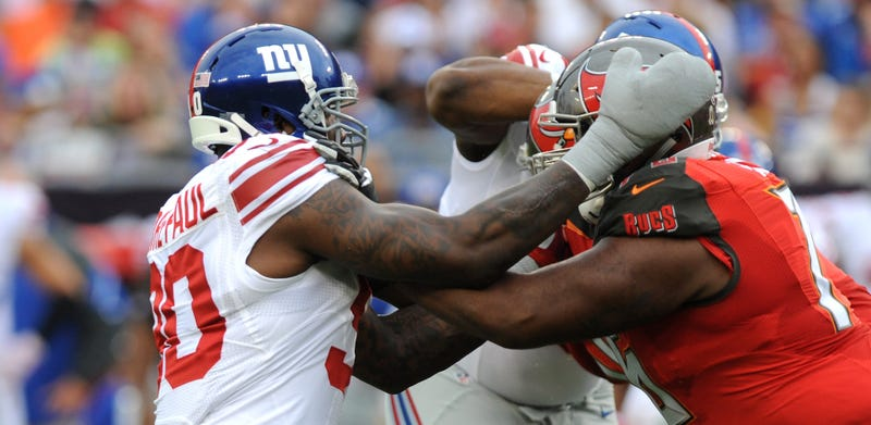 Illustration for article titled Jason Pierre-Paul Was Told He'd Lose His Entire Hand