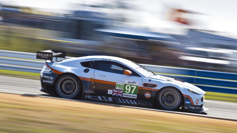 Illustration for article titled Your Ridiculously Cool Aston Martin Vantage GTE Wallpaper Is Here