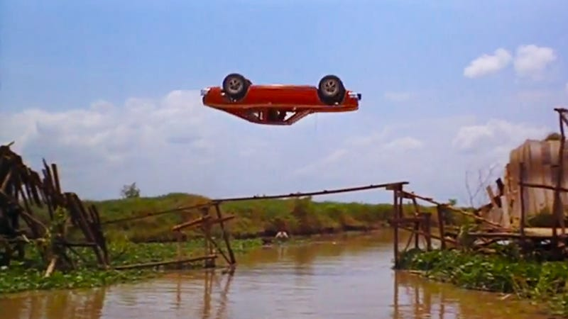 The Greatest Car Jumps In Hollywood History - Cool cars jumping