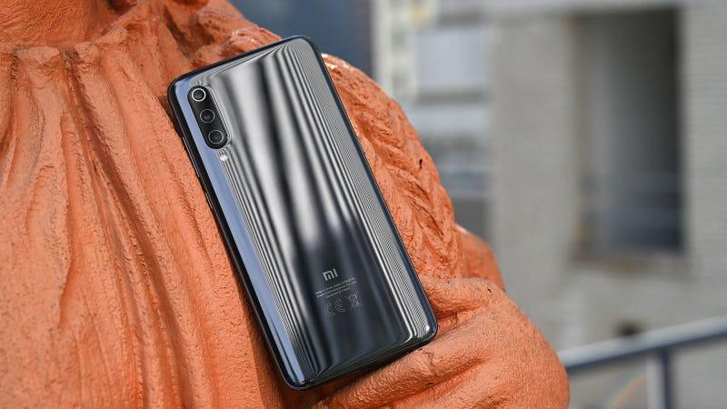 Illustration for article titled El nuevo teléfono de Xiaomi tiene una cámara de 48 megapíxeles y cuesta 449 euros
