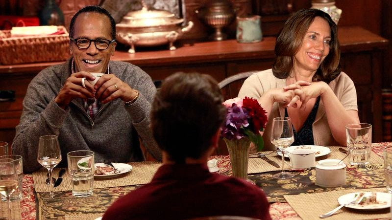 Illustration for article titled Lester Holt Fills In For Brian Williams During Family's Nightly Dinner