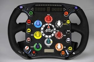 Illustration for article titled Formula 1 Steering Wheel Interfaces