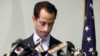 Illustration for article titled Enjoy Anthony Weiner's Last Night In Office