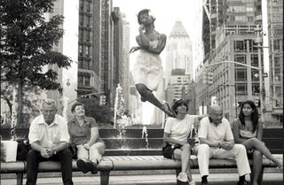 Illustration for article titled Dancers Float Through New York In Photography Collection