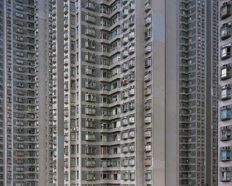 Illustration for article titled Stunning photos of super-dense Hong Kong apartments look like Borg cubes