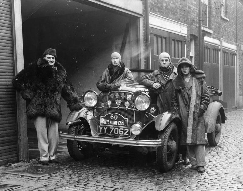 16th January 1934: Major JA Driscoll, dressed in a fur coat, in London with his crew and car before setting off for the Monte Carlo motor rally. (Photo by General Photographic Agency/Getty Images)
