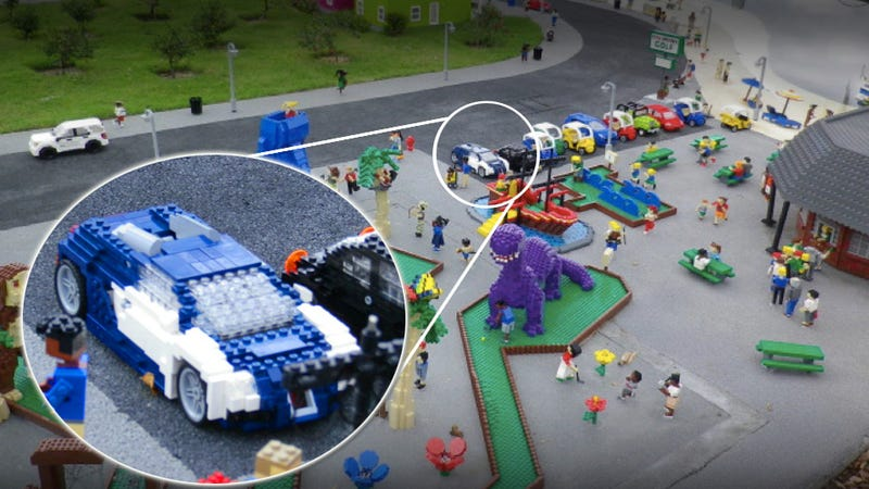 Illustration for article titled There's a Lego Bugatti Veyron hidden at Legoland