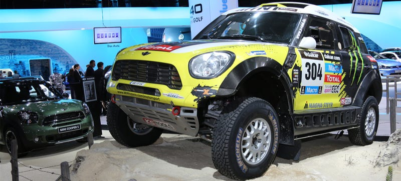 Illustration for article titled The X-Raid Mini Looks Nothing Like A Mini When It's Parked