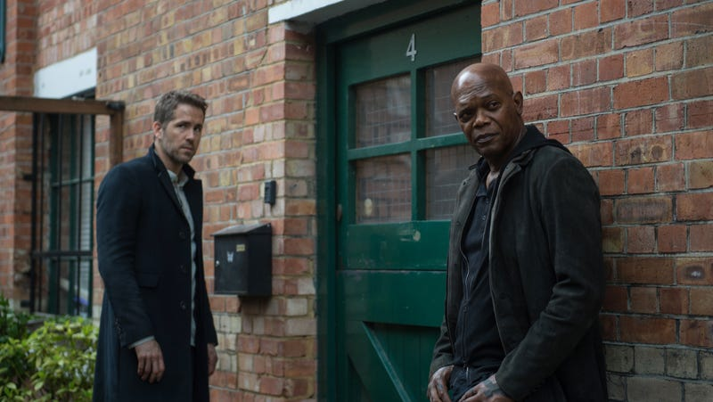 Illustration for article titled Samuel L. Jackson and Ryan Reynolds are coming back for a Hitman's Bodyguard 2