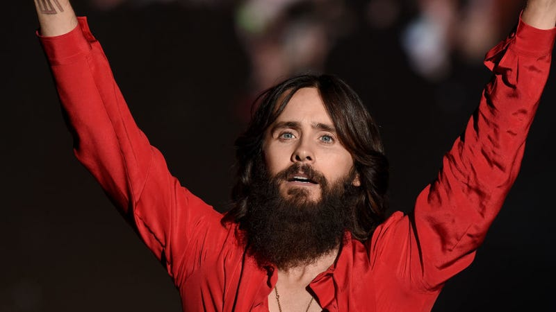 """Illustration for article titled Thirty Seconds to Mars' Jared Leto to Find the """"Real America"""" Through Hitchhiking and Self-Promotion"""