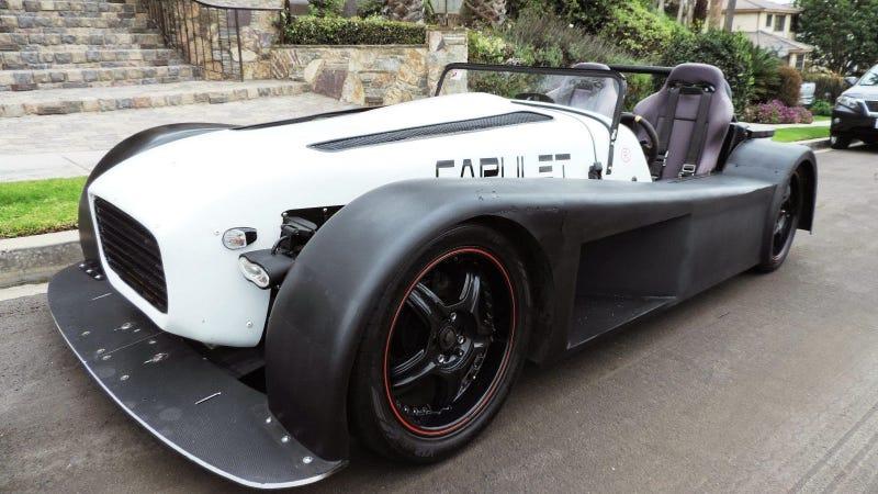Illustration for article titled Meet An Insane V8 Powered Custom Kit Car Named Capulet