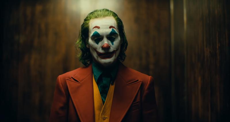 Illustration for article titled Joaquin Phoenix es el nuevo príncipe del crimen en el primer tráiler de Joker