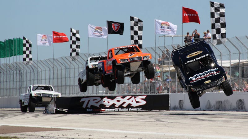 Illustration for article titled FRIDAY, FRIDAY, FRIDAY! Insane Stadium Super Trucks Live On Your PC!