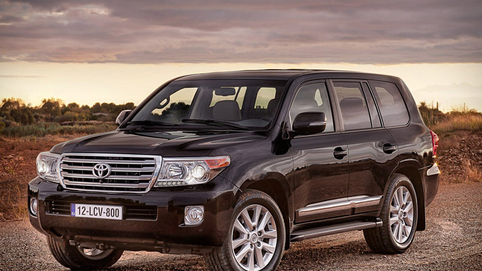 riddle me this who the hell buys a land cruiser. Black Bedroom Furniture Sets. Home Design Ideas