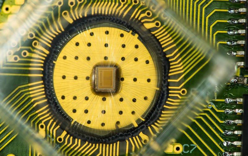 Illustration for article titled IBM logra que la revolucionaria memoria de cambio de fase cueste lo mismo que la convencional