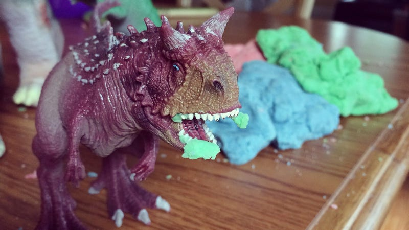 Illustration for article titled This Is the Best Homemade Play Dough