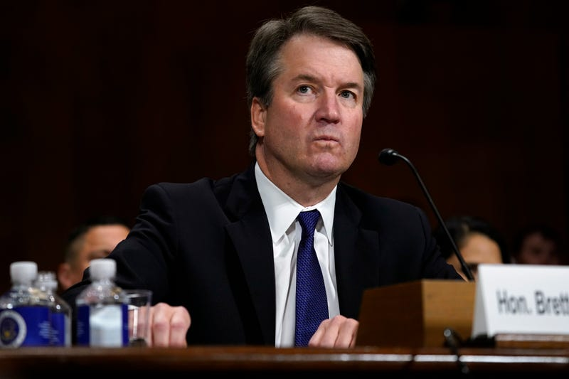 Illustration for article titled It's Official: Accused Sexual Predator Brett Kavanaugh Is a Supreme Court Justice