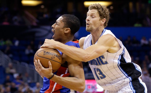 Luke Ridnour Has Now Been On Five NBA Teams In The Past Week