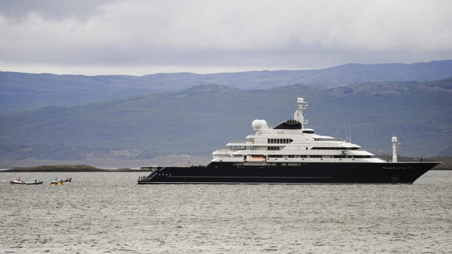 For About $1 Million a Week, You Can Rent Paul Allen's Obscene Superyacht