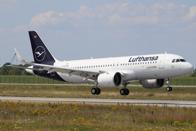 Illustration for article titled Guys, this new Lufthansa livery