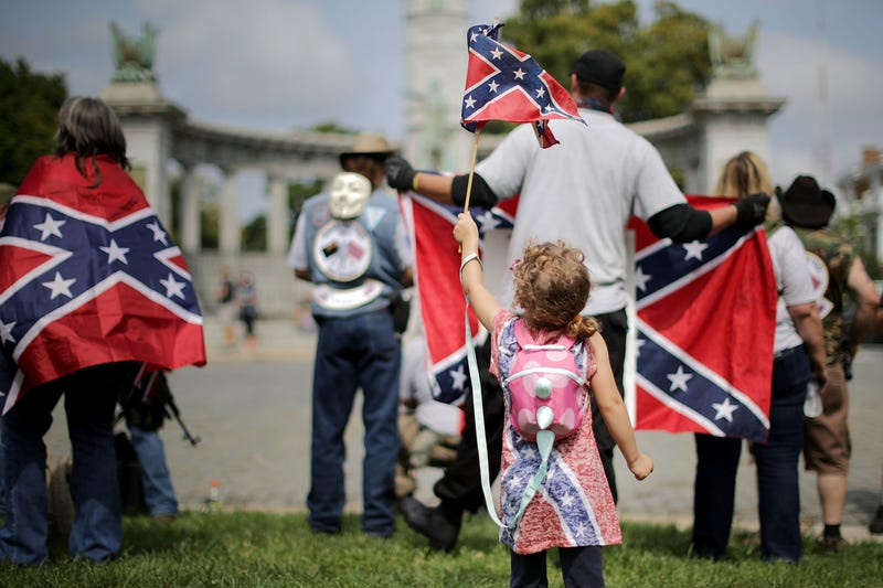 Illustration for article titled Most Southerners Don't Support Confederate Symbols but Still Don't Know Why the Hell the Civil War Happened