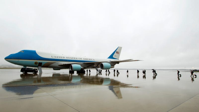 Illustration for article titled This Is How Much It Costs To Operate Air Force One