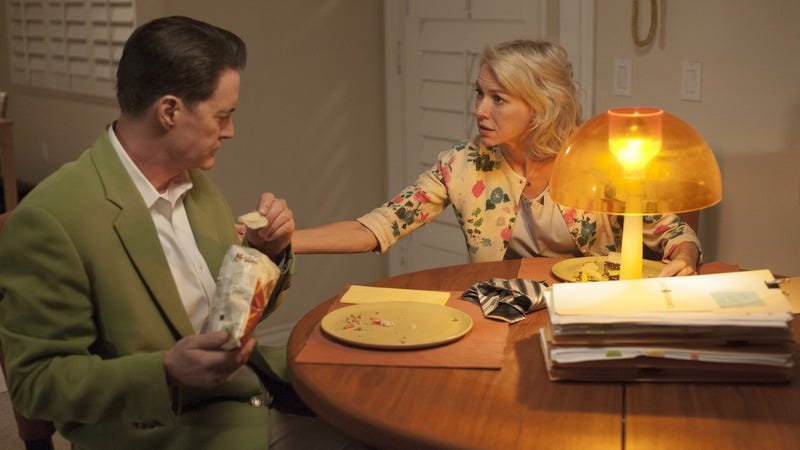 Kyle MacLachlan (left), Naomi Watts (Photo: Suzanne Tenner/Showtime)