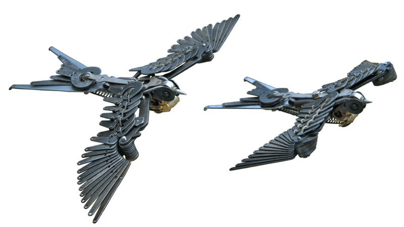 Illustration for article titled Beautiful bird sculptures made entirely of typewriter parts