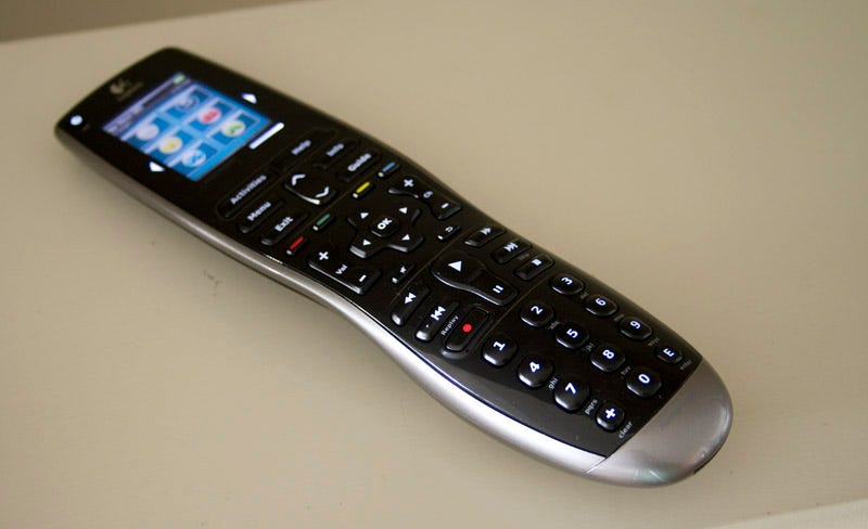 Illustration for article titled Logitech Harmony 900 Universal Remote Review