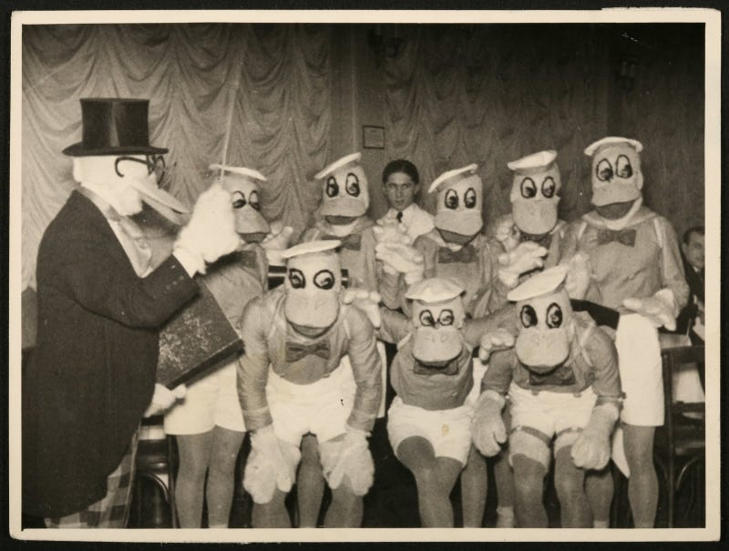 Illustration for article titled Disney cosplay in the 1930s was unadulterated horror