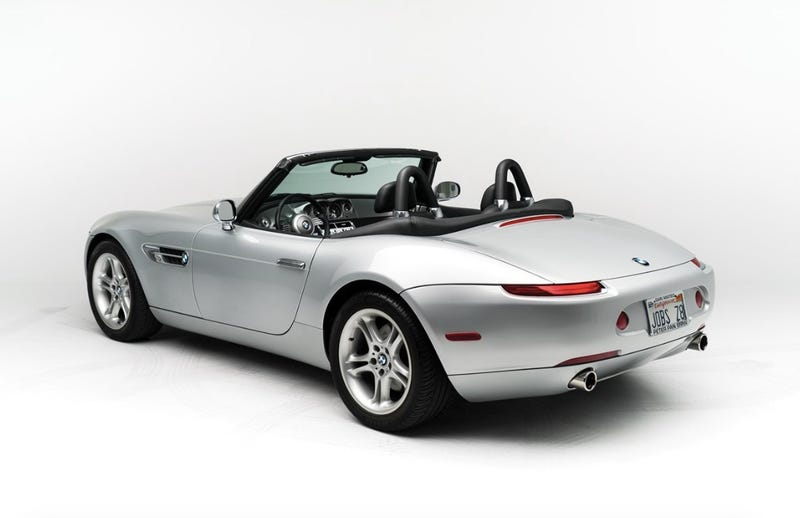 Illustration for article titled Now You Can Own Steve Jobs' BMW Z8 And The Hated Motorola Flip Phone That Came With It