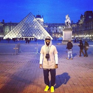 Illustration for article titled While The Jets Try To Trade Him, Darrelle Revis Is Embracing His Inner Hipster In Paris