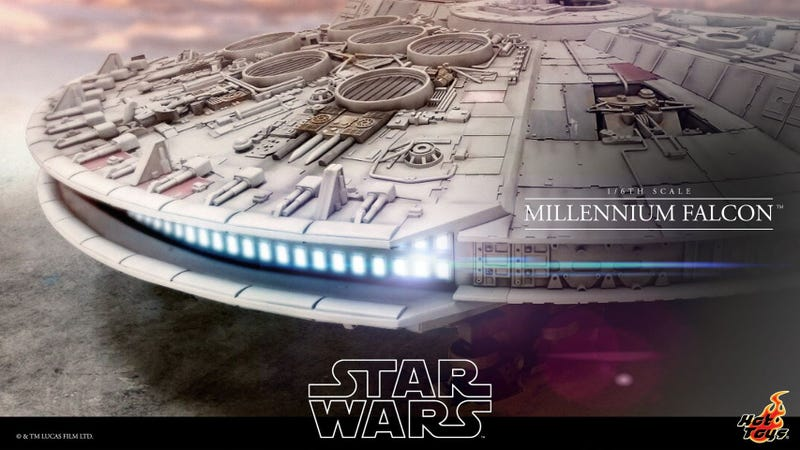 Illustration for article titled Hot Toys Is Making a Sixth-Scale Millennium Falcon That's18-Feet Long