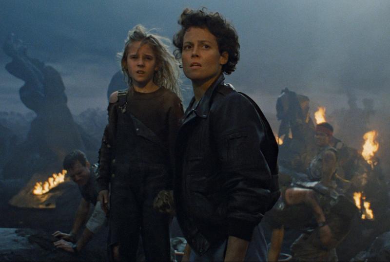 Ripley y Newt en Aliens.