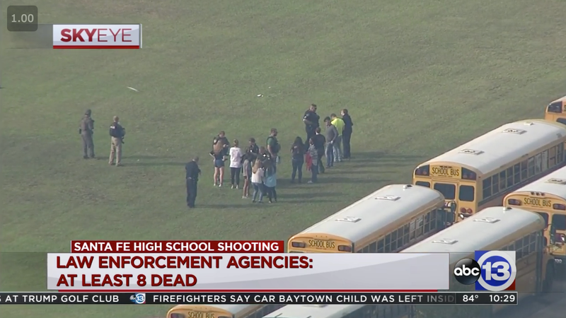Illustration for article titled 10 Deaths and Multiple Injuries Reported After Texas High School Shooting [Updating]