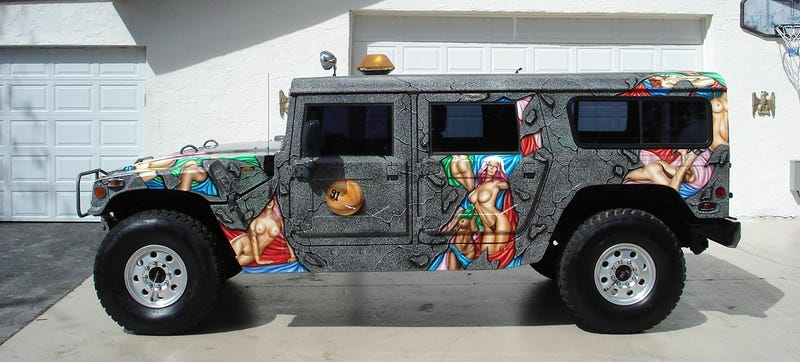 Illustration for article titled Dennis Rodman's Boobalicious H1 Hummer Is 7154 Pounds Of Pure Nonsense
