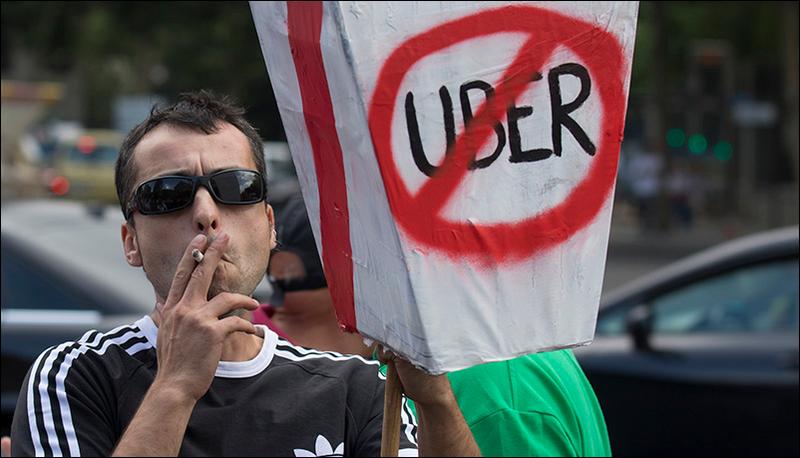 Illustration for article titled La redonda campaña de marketing de Uber: cabrear a los taxistas