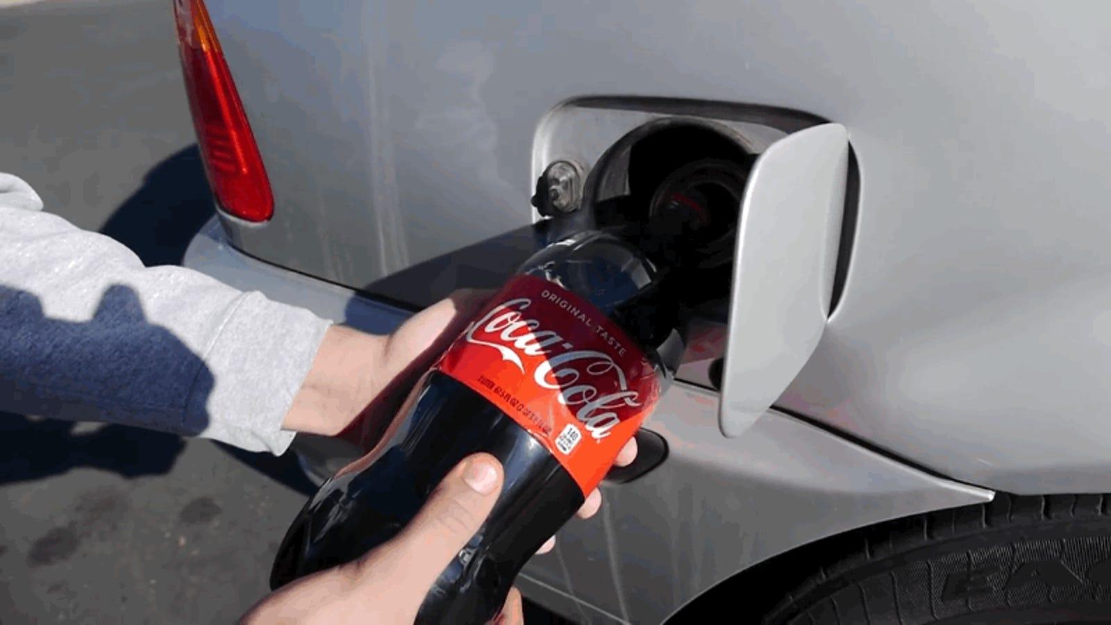 Que Pasa Si Llenas El Deposito De Gasolina De Un Coche Con Dos