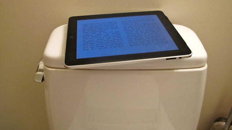 Illustration for article titled Tons Totally Tooting while Tweeting From Tablets Taken to Toilet