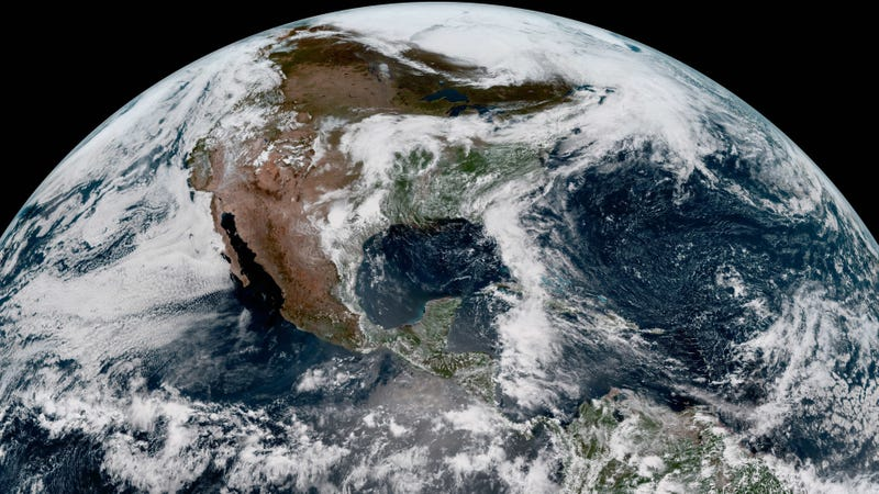 Illustration for article titled Stop Whatever You Are Doing and Look at These Images From NOAA's New Weather Satellite