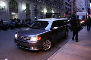 Illustration for article titled 2009 Ford Flex Scores Five Stars For Frontal- And Side-Impacts