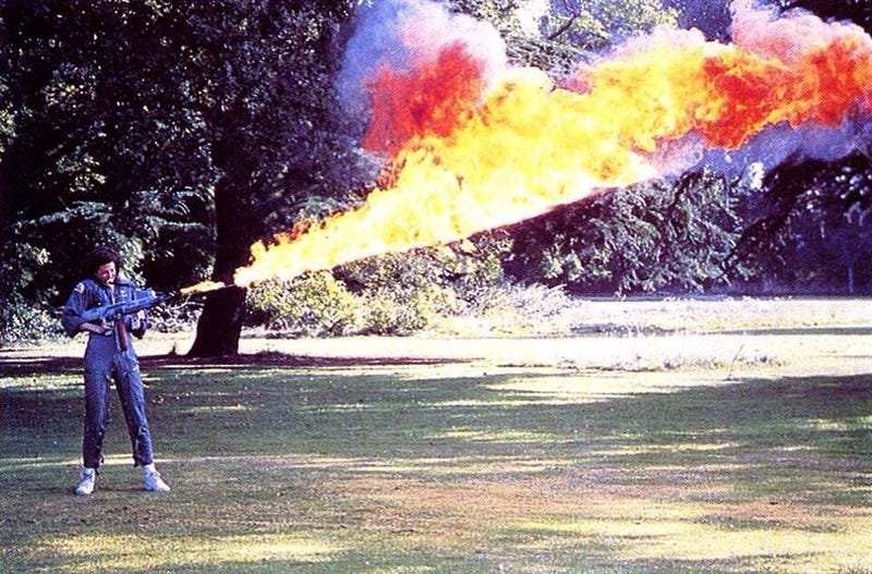 Illustration for article titled Here's Sigourney Weaver Test-Firing the Flamethrower From Alien