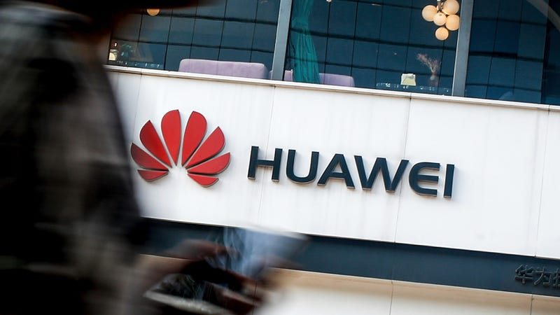 Illustration for article titled Huawei Is in Talks to Launch a 'Pilot Program' Using Russian OS as Replacement for Android