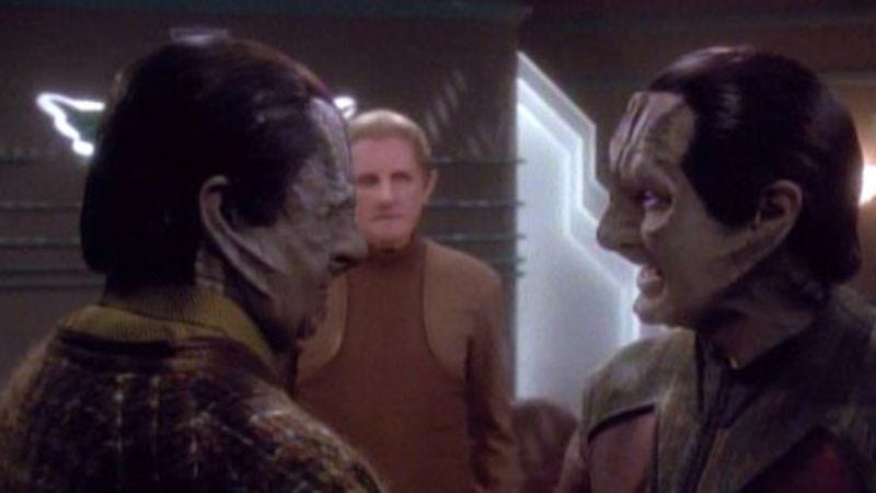 """Illustration for article titled Star Trek: Deep Space Nine: """"Through The Looking Glass""""/""""Improbable Cause"""""""